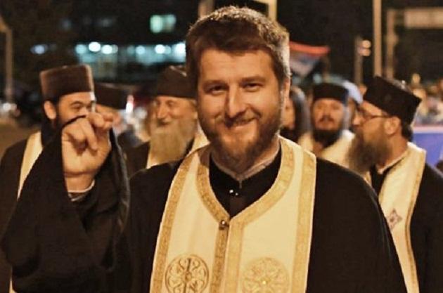 Napadnuti otac Nikola Radović