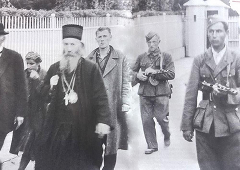 Последња фотографија митрополита Јоаникија
